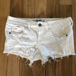 Express cutoff shorts Size 4